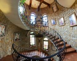 Hotel castle 2