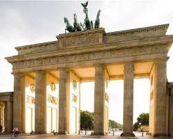 بوابة براندنبورغ فى برلين