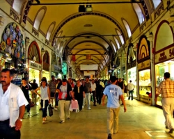 البازار الكبير في إسطنبول