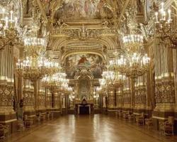 قصر غارنييه باريس