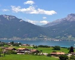 مدينة إنترلاكن فى سويسرا