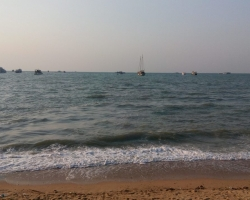 شاطىء باتايا