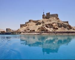 قلعة صلاح الدين الايوبى بجزيرة فرعون