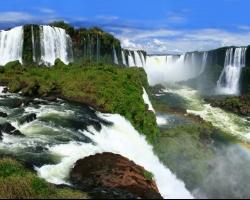 شلالات اجوازو بين الارجنتين والبرازيل