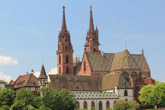 كاتدرائية بازل