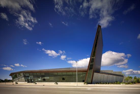 المتحف الحربي الكنديCanadian War Museum السياحة في كندا