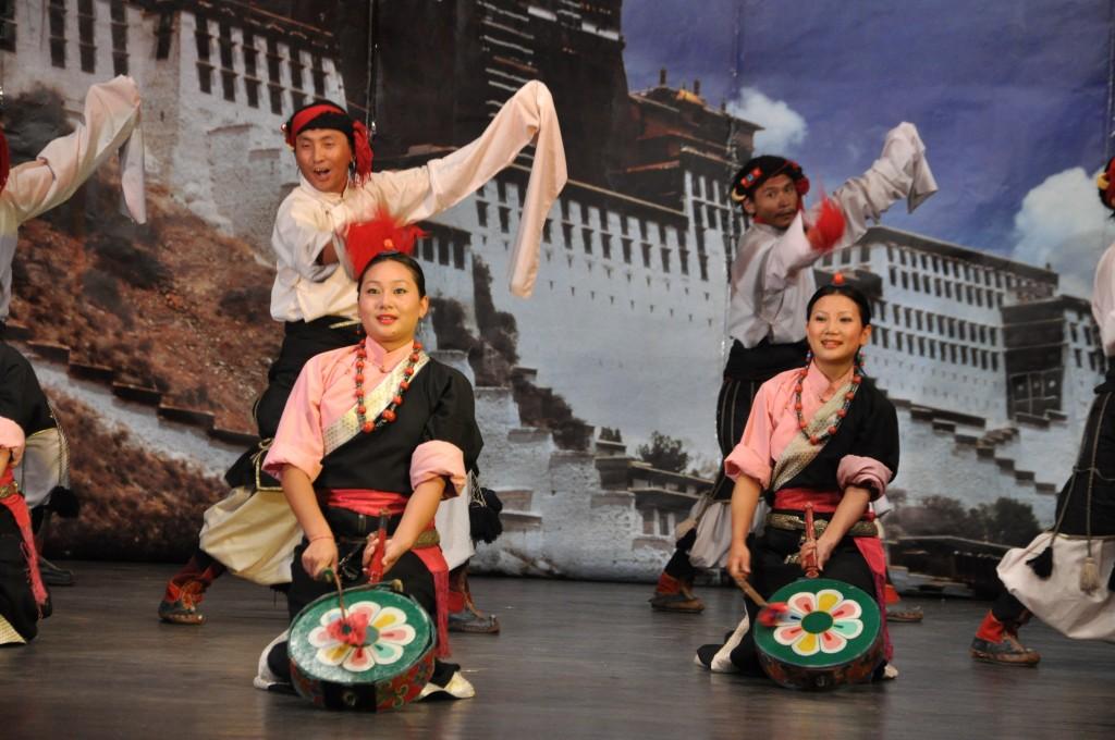 معهد التبت للفنون المسرحية