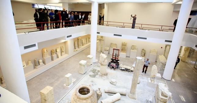 متحف دراس الاثرى