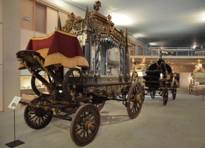متحف برشلونه للعربات الجنائزيه موسيو دى كاروسس فونبيريس