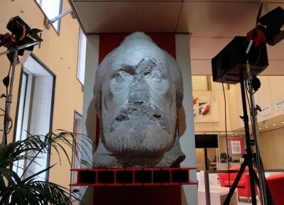 تمثال بابلو اغلسياس