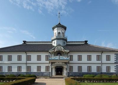 مبنى مدرسة كايتشي السابق