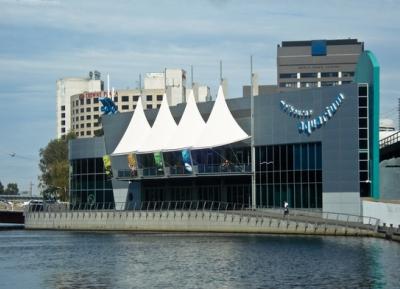 مركز ملبورن للحياة البحريه