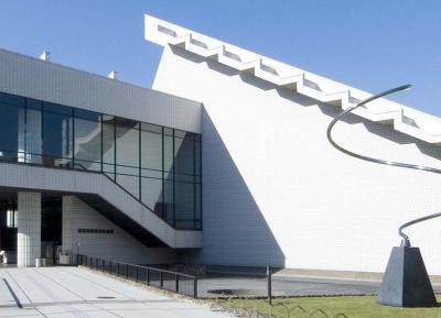 هوكيدو ريتسو هاكوديت بيجوتسكان (متحف الفن)