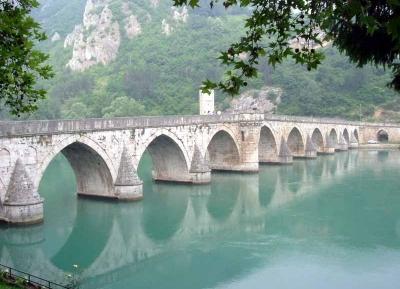 جسر محمد باشا سكولوفيتش