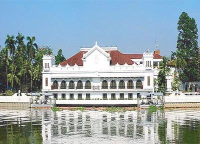 قصر مالاكاننغ