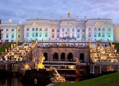 بيتر هوف  - القصر الكبير