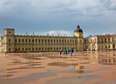 قصر بيرورات - قصر غاتشينا