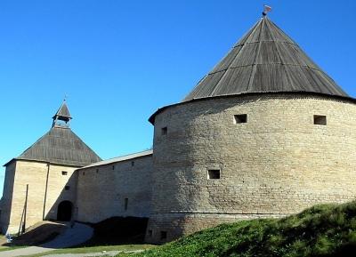 قلعة لادوجا القديمة