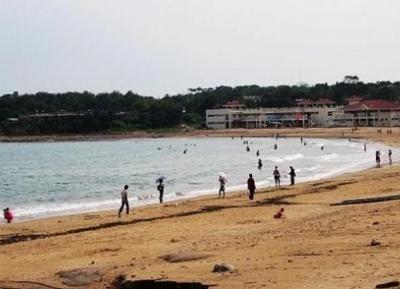 شاطئ رقم (٣)