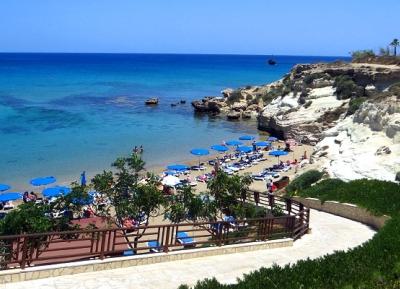 شاطئ كاباريس