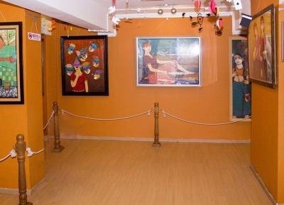 متحف أهوجا للفنون