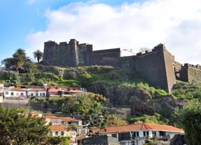 قلعة بيكو