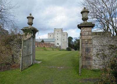 قلعة  وحدائق سيزيره