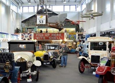 متحف ليكلاند للسيارات