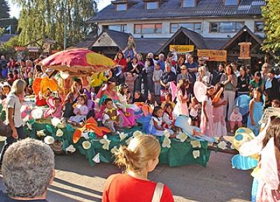 مهرجان حديقة فيلا لا أنجوستورا
