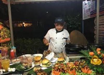 مهرجان موي ني طعام الشارع