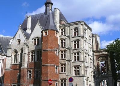 زيارة قصر ريور التاريخى - Palais Rihour