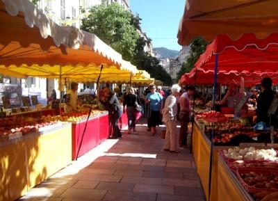 وقت مميز فى سوق لافاييت