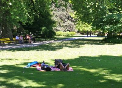 هدوء و استرخاء فى حديقة انسبروك