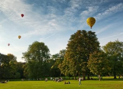 الهدوء و الاستمتاع بالجمال فى حدائق فيكتوريا الملكيه