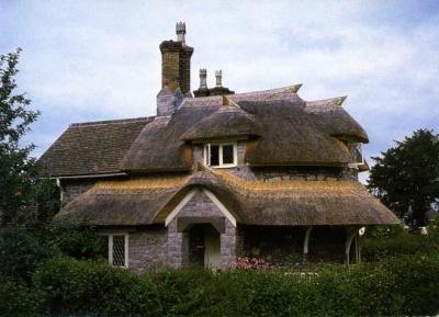مشاهد من الريف الانجليزى فى قرية قصر هاملت - Blaise Hamlet