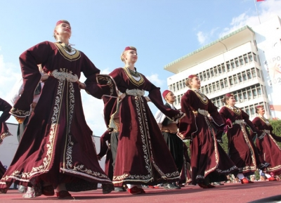 مهرجان الرقص الشعبى لدول البلقان