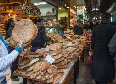 زيارة سوق أغورا المحلي للأغذية
