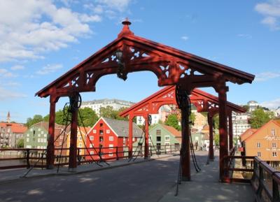 جسر البلدة القديمة