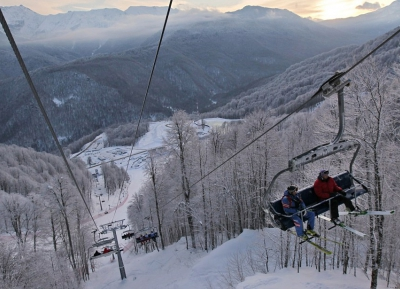 قم بزيارة منتجع Rosa Khutor للتزلج