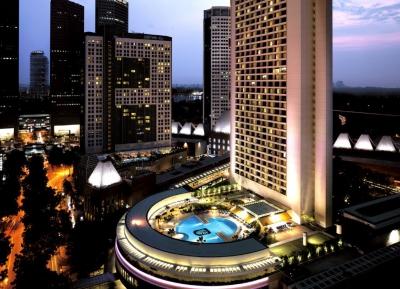 فندق بان باسيفيك سنغافورة