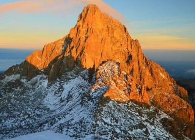 تسلق ثانى أعلى جبل فى إفريقيا