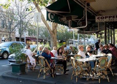 استمتع بطعم إيطاليا في شارع ليجون