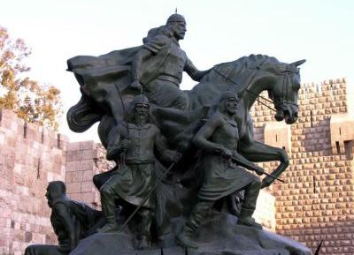 تمثال صلاح الدين الأيوبي